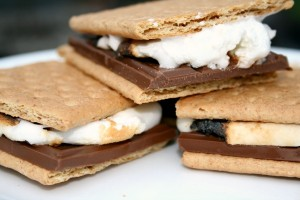 Creating the Ultimate S'mores Bar (and How I Became the Coolest Mom Ever)